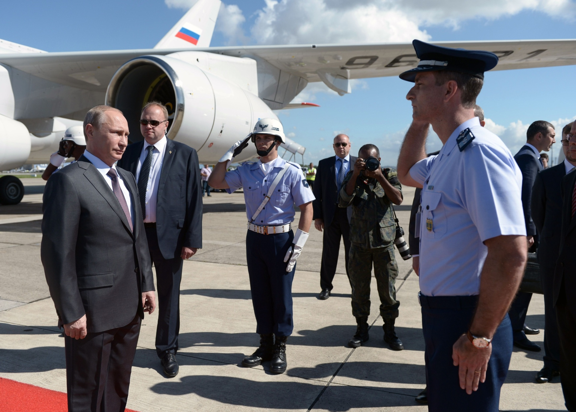Presidente russo Vladimir Putin chega ao Rio para ver a final da Copa do Mundo