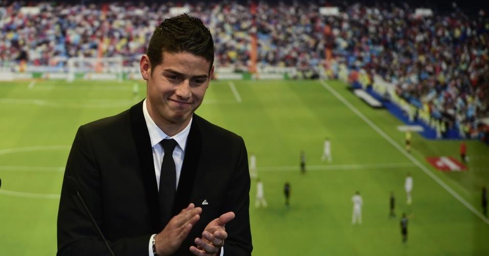 Um dos destaques da Copa, James Rodríguez é apresentado pelo Real Madrid