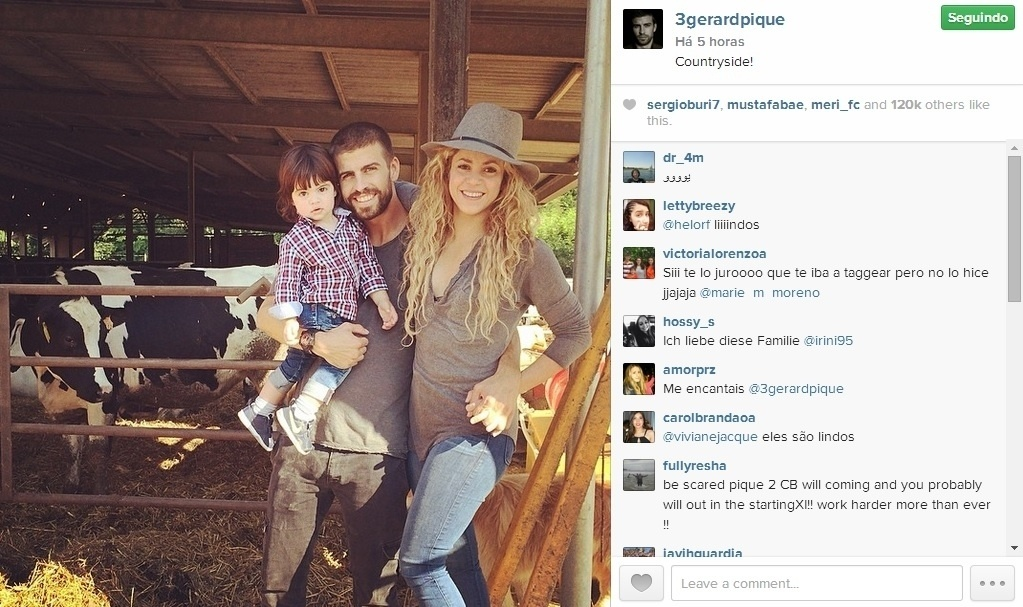 23. jul. 2014 - Piqué curte férias na fazenda ao lado de Shakira e do filho do casal, o pequeno Milan