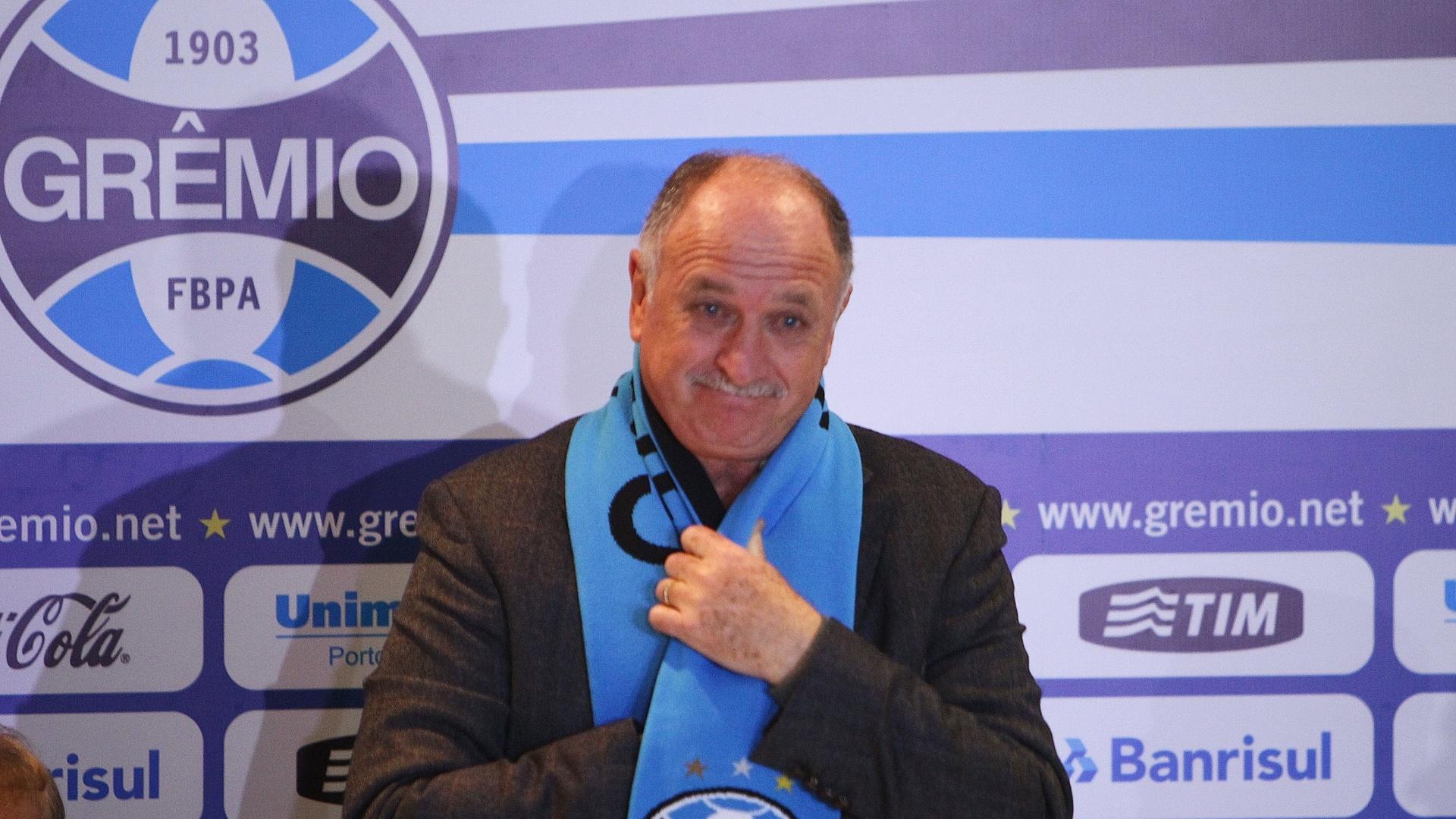 30.07.2014 - Felipão é apresentado como novo técnico do Grêmio