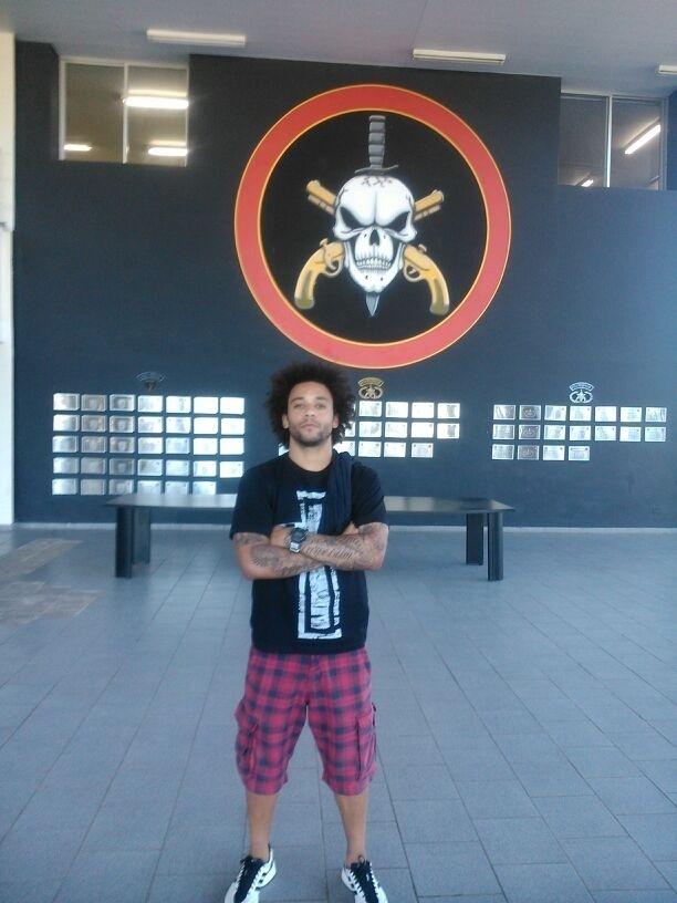 De férias no Rio de Janeiro, o lateral Marcelo visitou o Bope, no dia 30 de julho