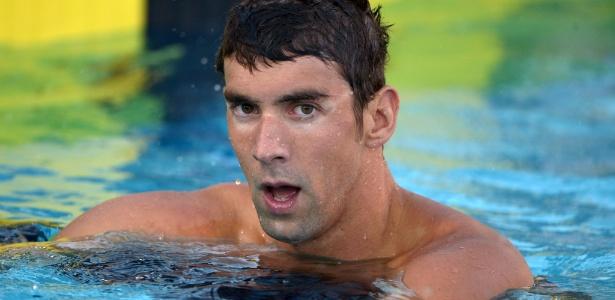Depois de suspensão de 6 meses por dirigir embriagado, Phelps retorna às piscinas semana que vem