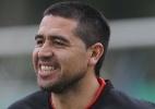 Riquelme estuda abandonar aposentadoria para jogar com Adriano nos EUA