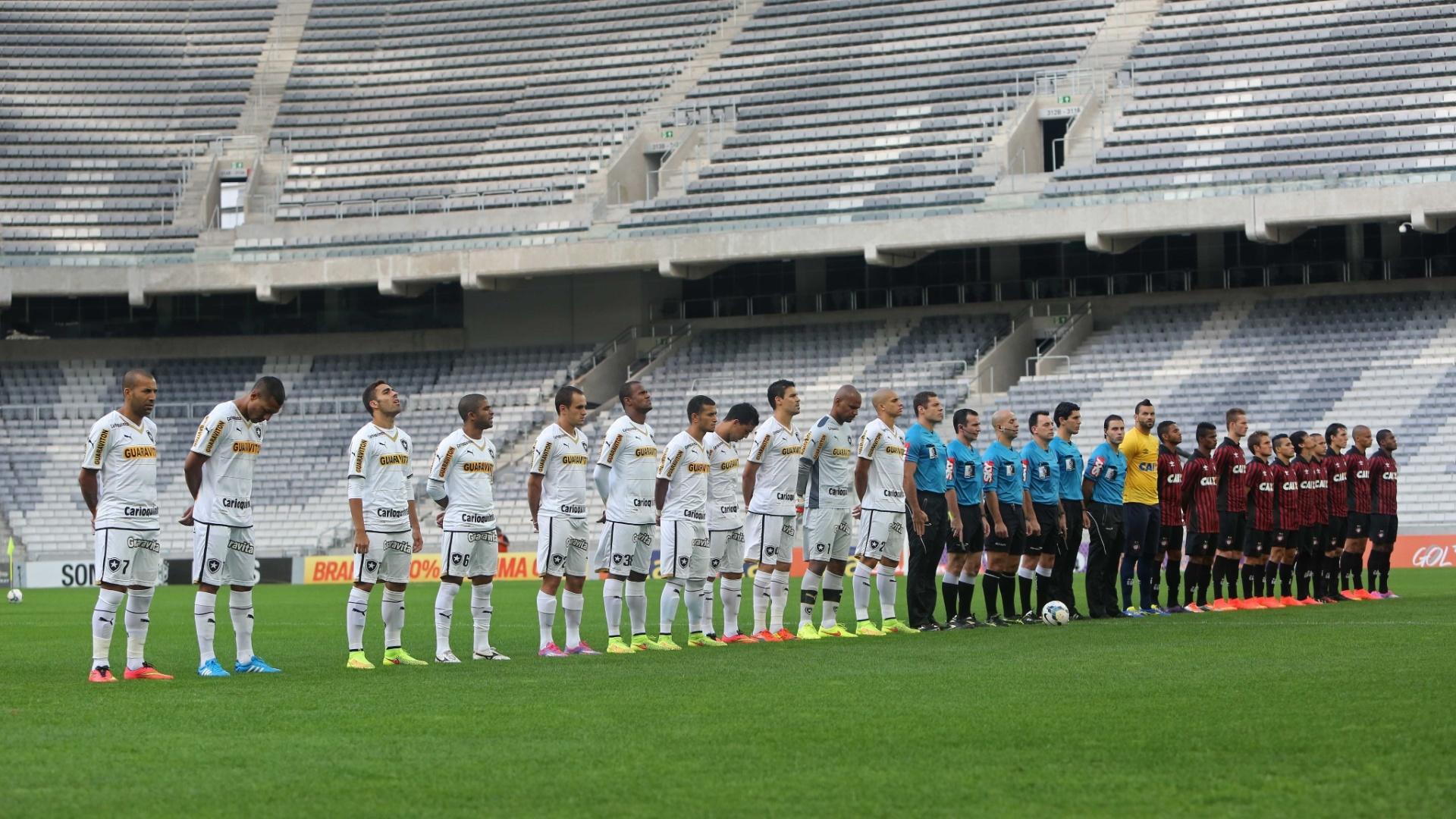 Com a Arena da Baixada sem público, Atlético-PR e Botafogo se enfrentam pelo Brasileiro
