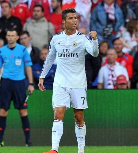 Cristiano Ronaldo comemora o gol que abriu o placar para o Real Madrid sobre o Sevilla