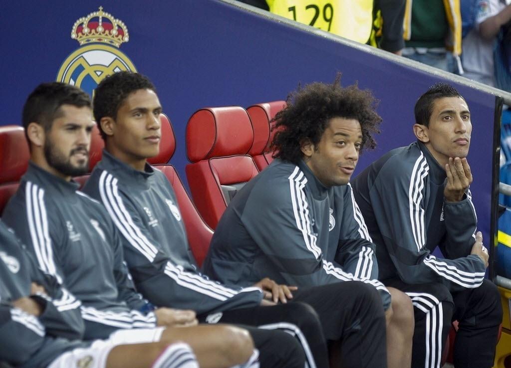 Marcelo, lateral brasileiro, fica no banco do Real Madrid na Supercopa Europeia
