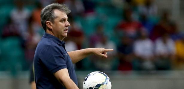 Gilson Kleina está fora de pauta no Vasco. Técnico deve ser anunciado até segunda