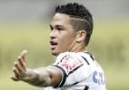Luciano faz três, Corinthians vira contra o Goiás e recupera 3º lugar