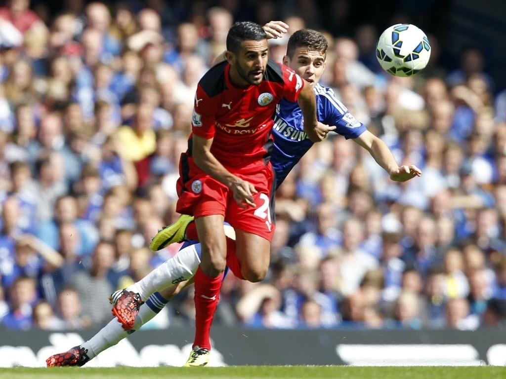 Oscar deu passe decisivo para o gol de Diego Costa na partida contra o Leicester, no Stamford Bridge