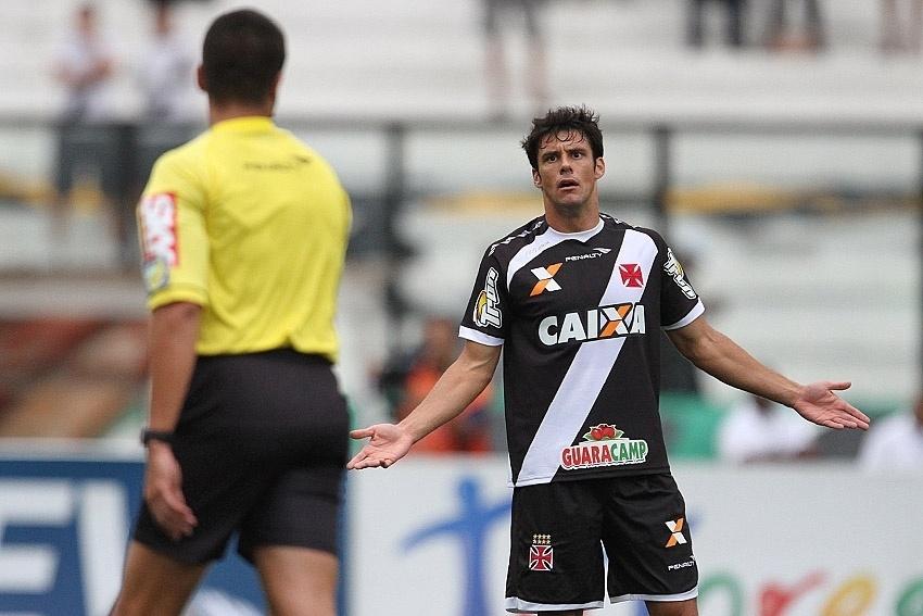 Volante Fabrício teve fraca apresentação na derrota do Vasco contra o Avaí