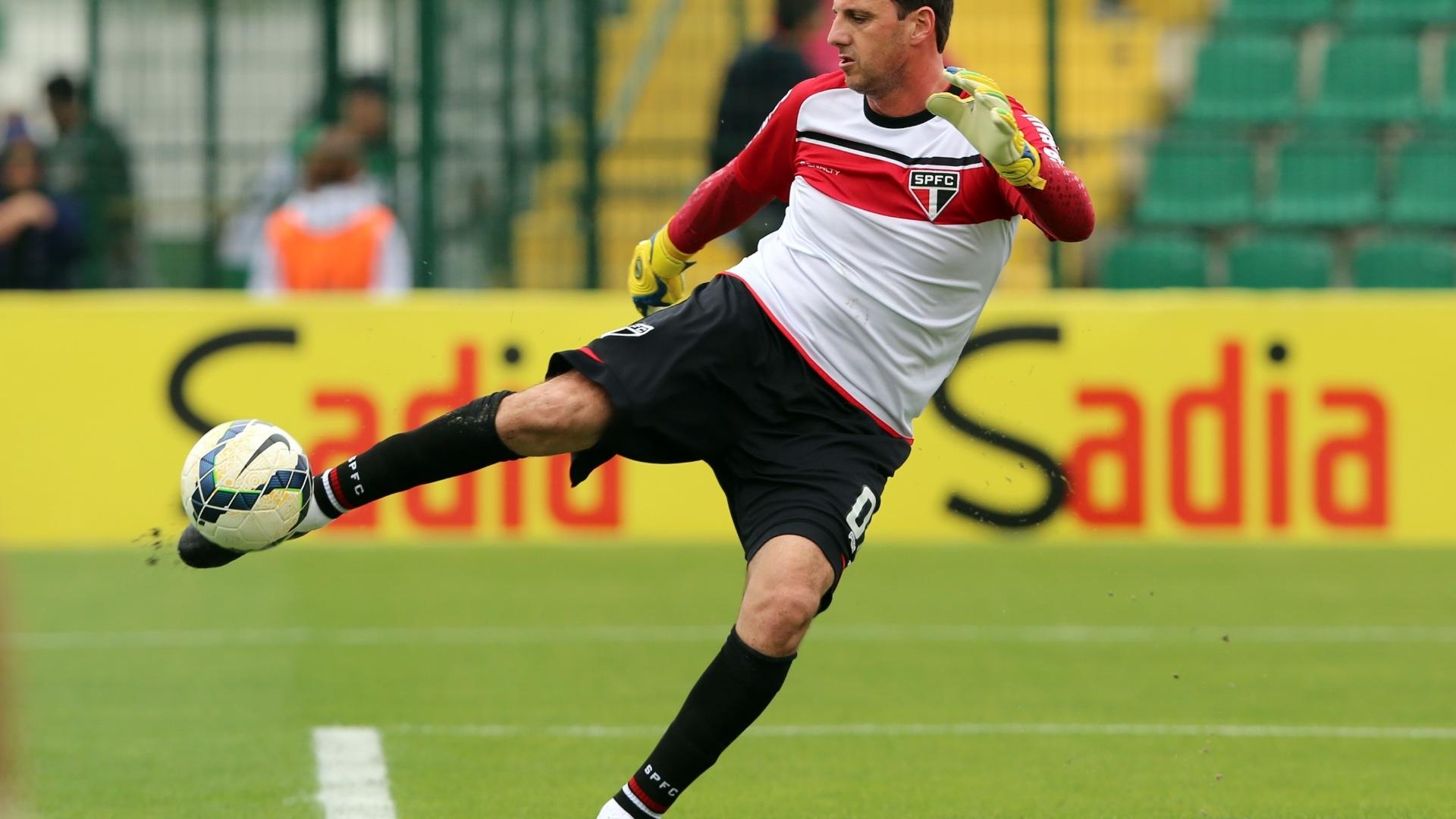 Rogério Ceni faz treinamento antes do jogo em Florianópolis pelo Brasileirão
