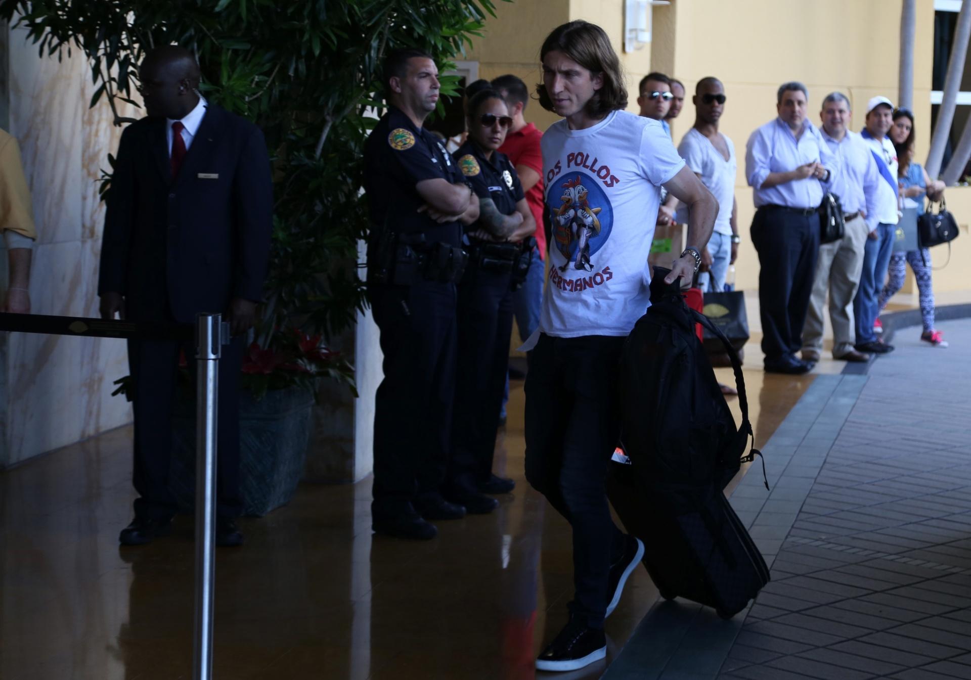 01. set. 2014 - Filipe Luis se junta à seleção brasileira, que enfrenta a Colômbia, em amistoso nos EUA, sexta-feira (5)
