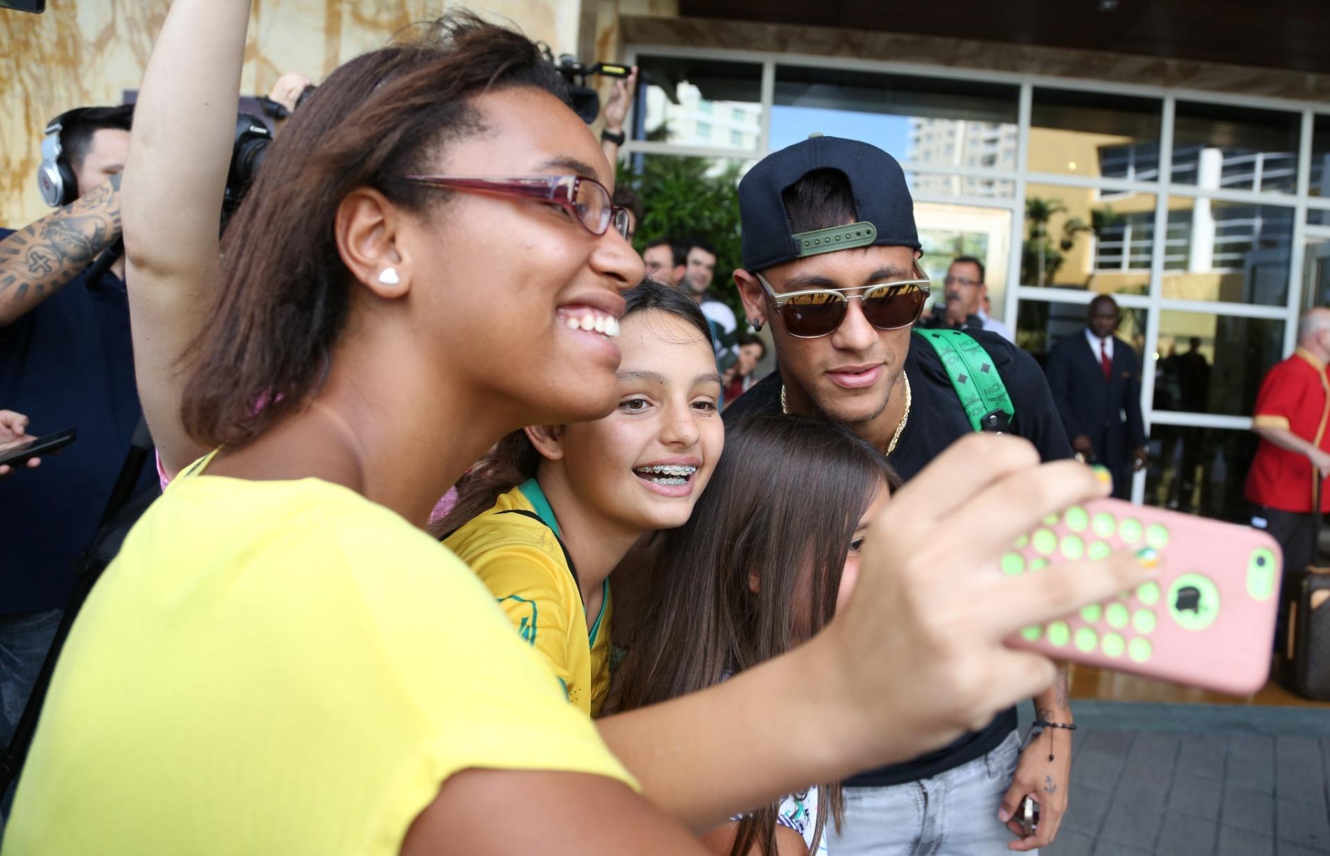 01. set. 2014 - Neymar chega a Miami e se junta à seleção brasileira, que disputa amistoso contra a Colômbia, nesta sexta (5)