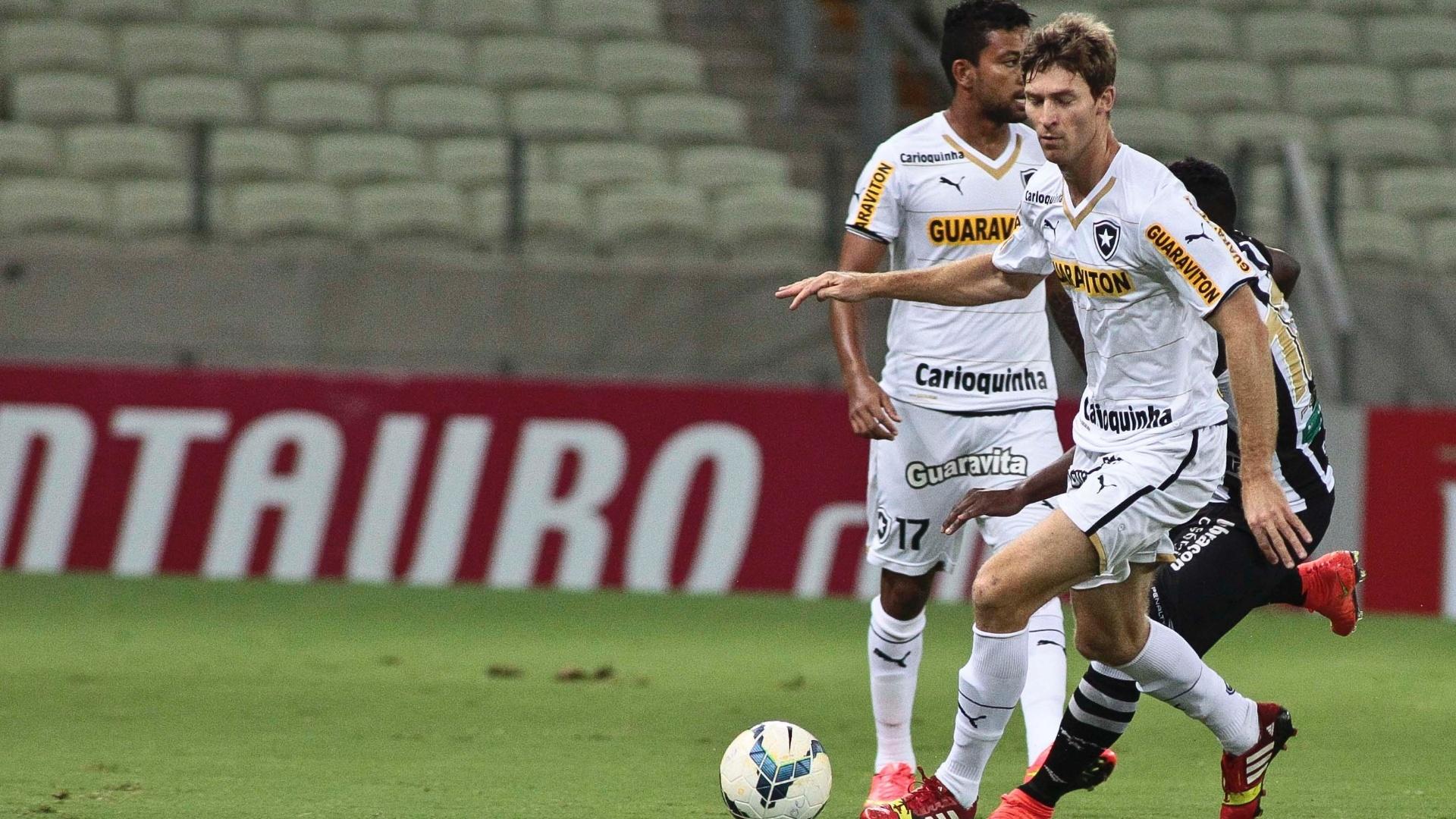 Bolatti sai jogando para o Botafogo contra o Ceará pela Copa do Brasil