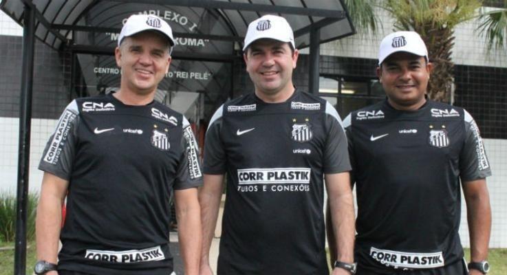 Enderson Moreira é apresentado como técnico do Santos