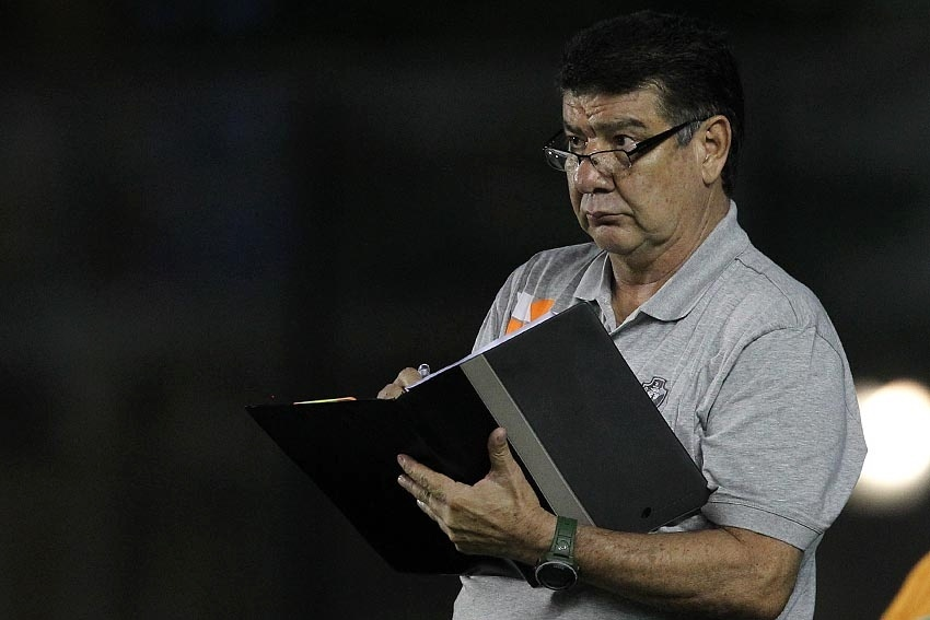 09.set.2014 - Vasco x Luverdense - Joel Santana, técnico do Vasco