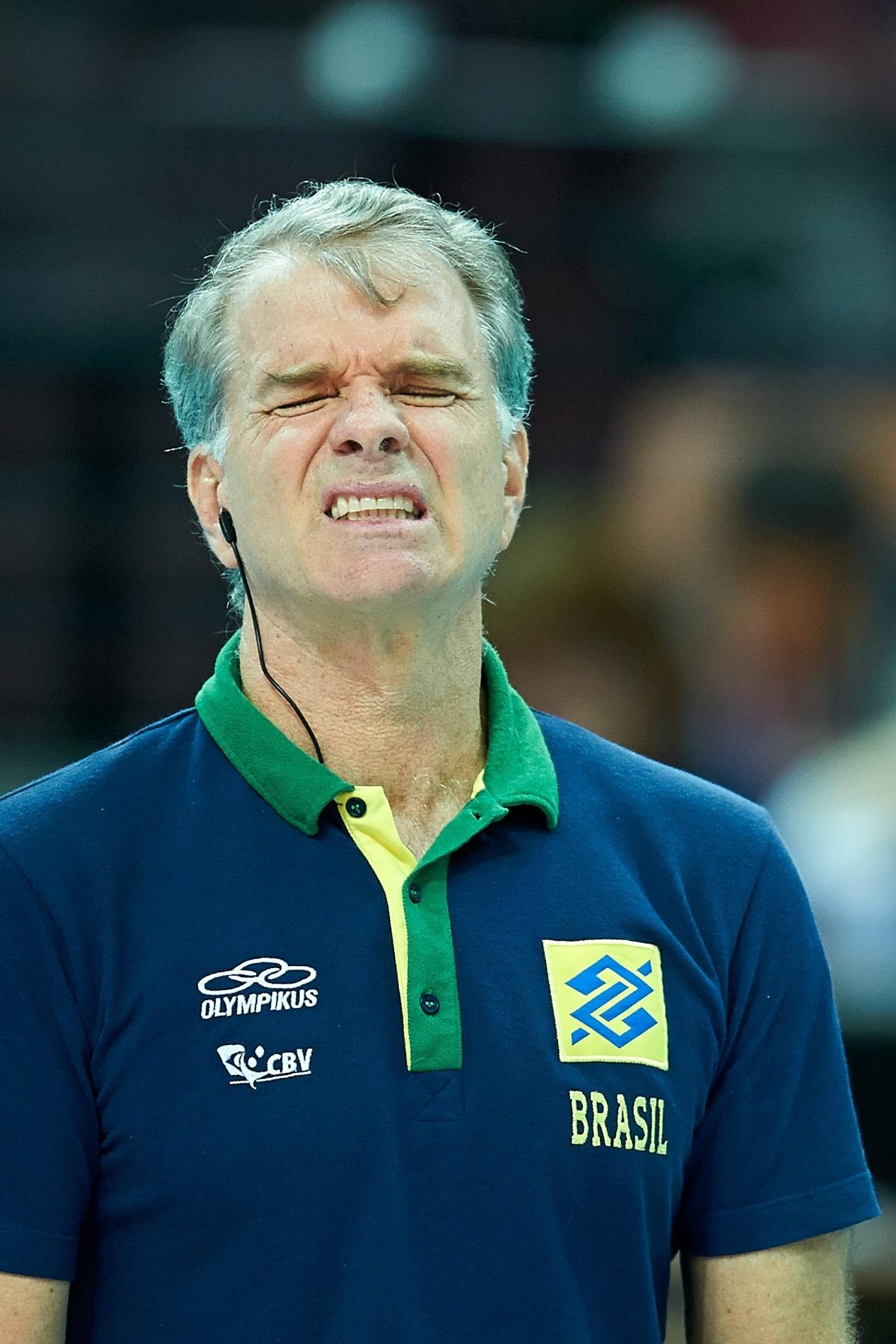 Bernardinho lamenta jogada do Brasil contra a China