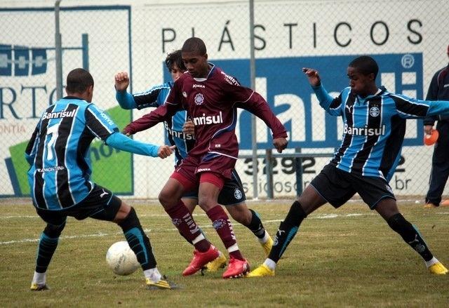 Ainda na base do Caxias, Murilo Costa foi contratado pelo Inter antes de fechar com Botafogo