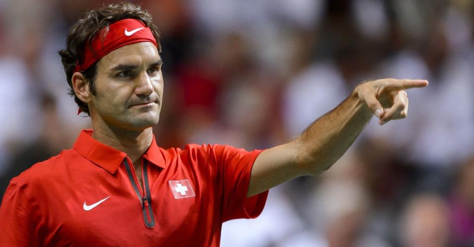 Federer teve dificuldades, mas confirmou vitória na Davis