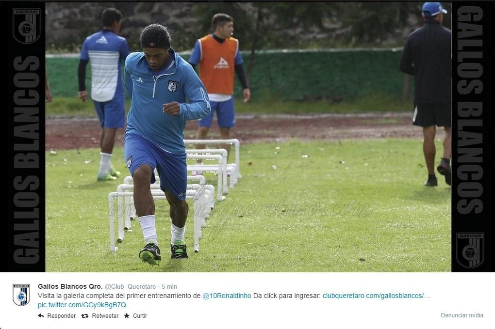 15. set. 2014 - Ronaldinho Gaúcho treina pela primeira vez com Querétaro, do México
