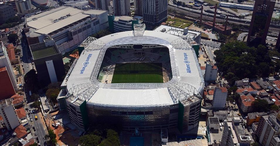 Allianz Parque visto de cima em foto aérea que mostra complexo