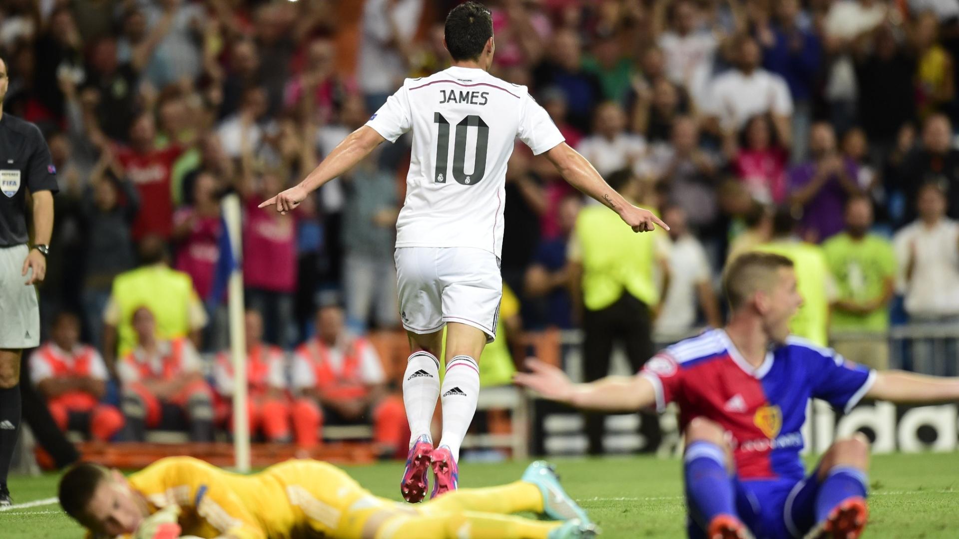 James Rodríguez comemora gol do Real Madrid em partida contra o Basel