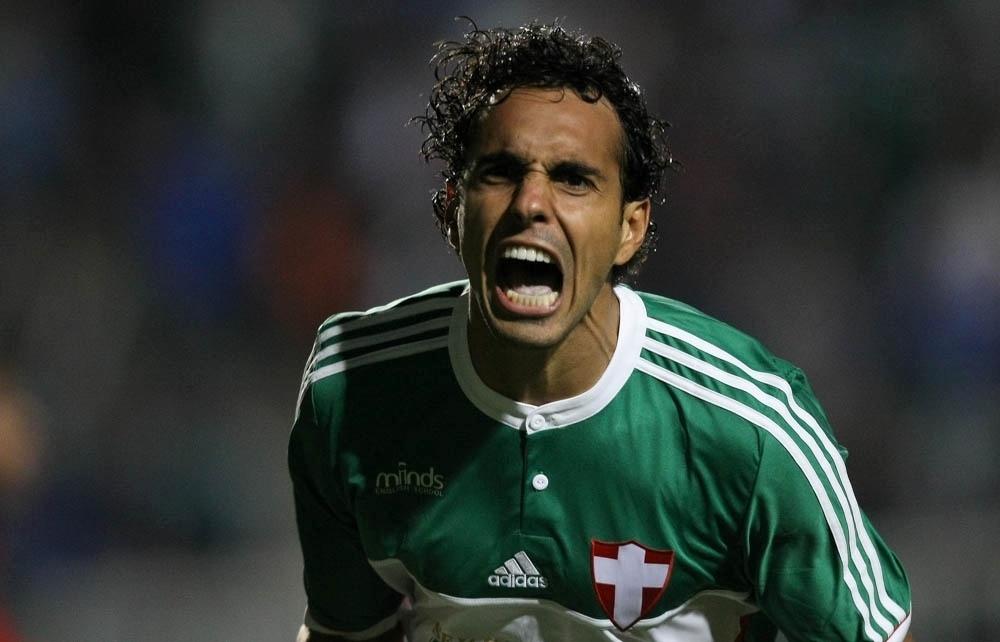 Diogo comemora gol que o livrou de um jejum de um ano