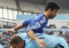 Argentino do M. City se desculpa após pancada em Diego Costa