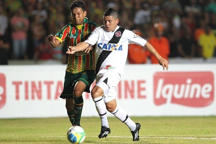 Vasco e Sampaio Corrêa duelam no Maranhão pela Série B