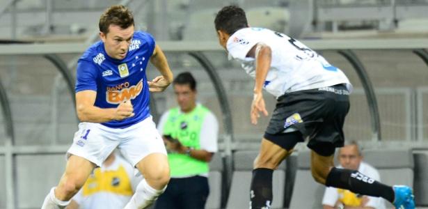 Atacante Dagoberto, do Cruzeiro, pode se transferir para o Vasco por empréstimo