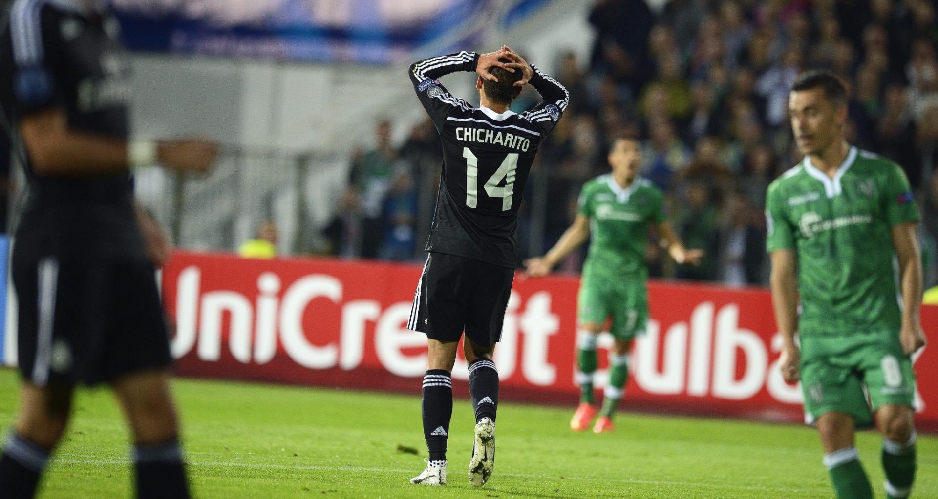Javier Hernandez, atacante do Real Madrid, lamenta chance perdida no jogo contra o Ludogorets, pela Liga dos Campeões