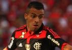 Flamengo confirma empréstimo de Canteros ao Vélez Sarsfield