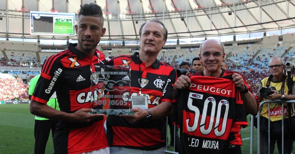 Léo Moura recebe homenagem pelos 500 jogos com a camisa do Flamengo