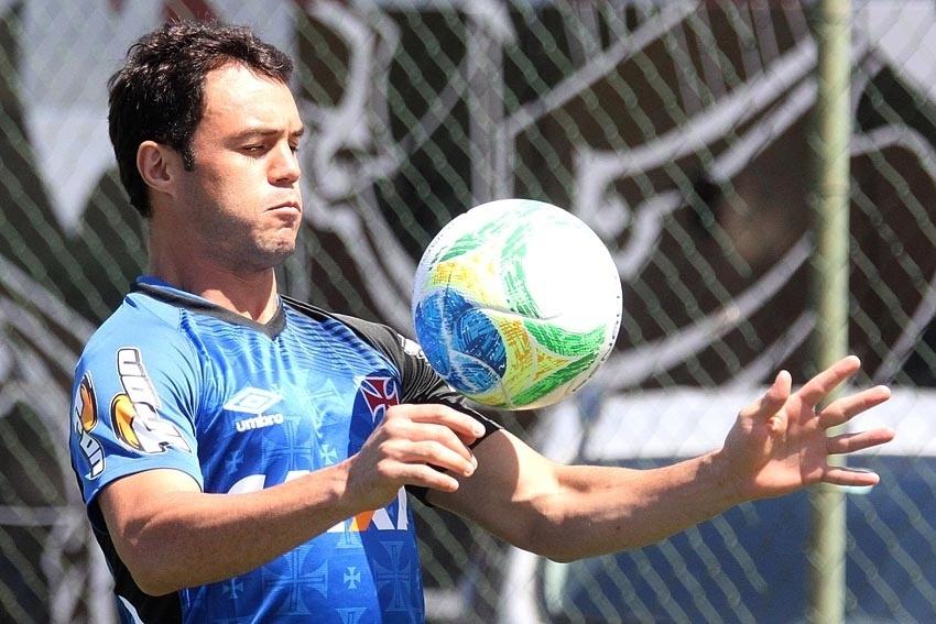 Kléber, atacante do Vasco, em treino no CFZ