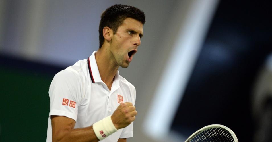 Djokovic vibra com ponto sobre Mikhail Kukushkin no Masters 1000 de Xangai