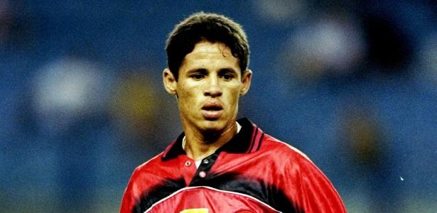 Iranildo jogou no Flamengo no final da década de 90 e fez pouco mais de 30 gols