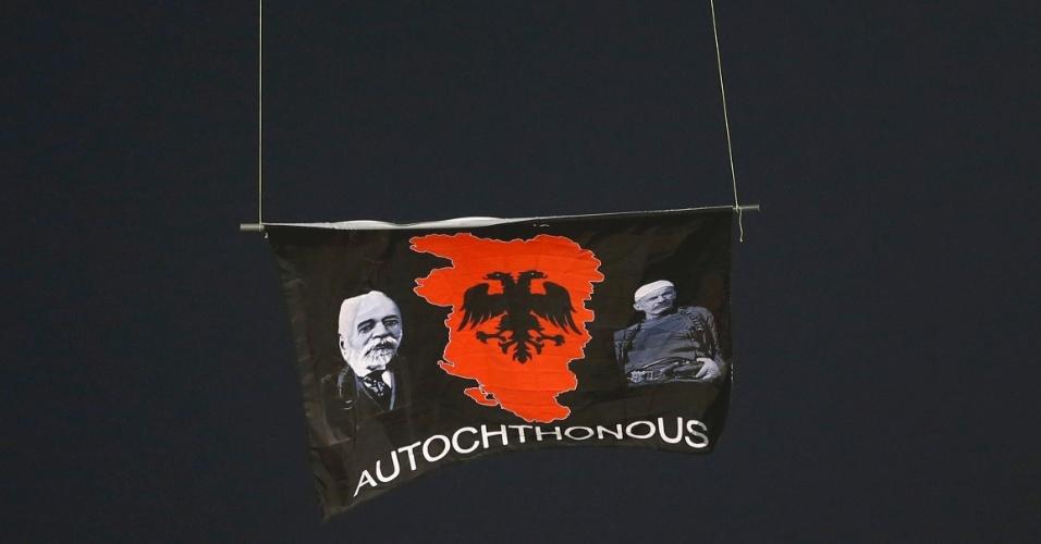 Bandeira em alusão à