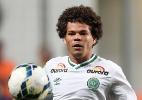 Camilo chega ao Botafogo para fazer exames médicos e assinar contrato