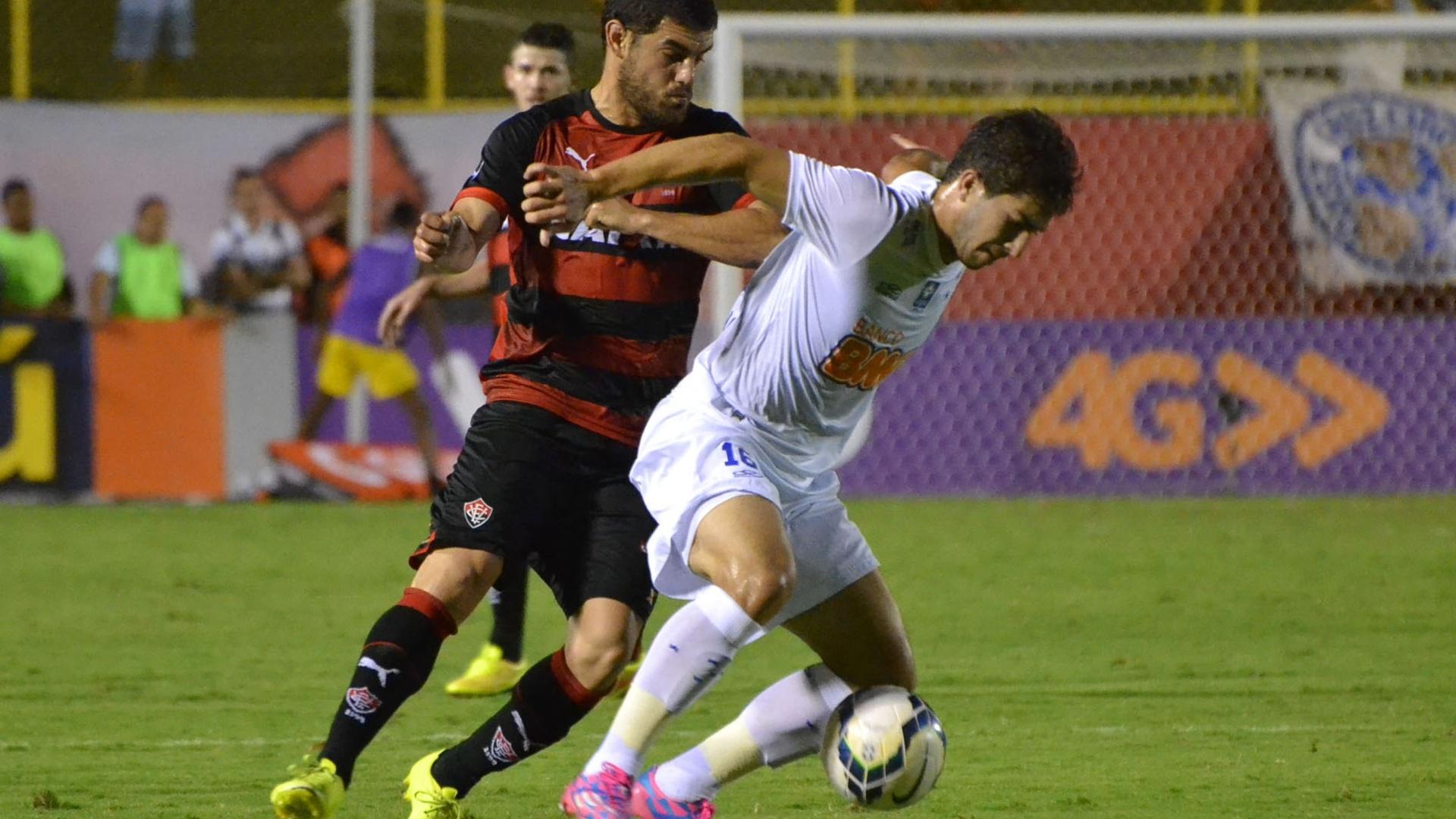 Vitória e Cruzeiro se enfrentaram no Estádio do Barradão, em Salvador