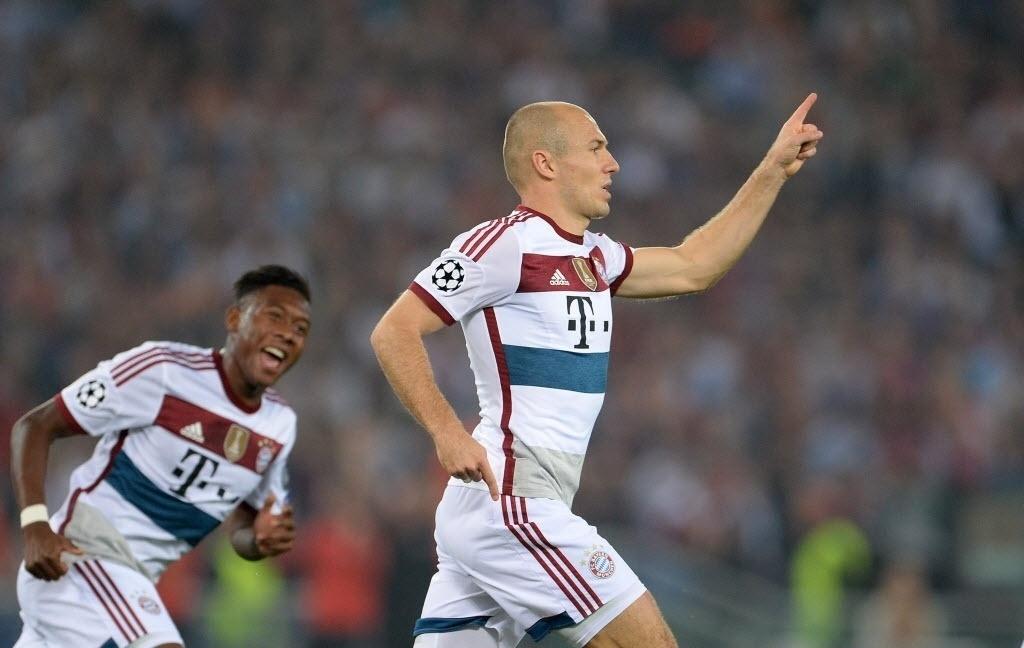 Robben comemora um dos gols do Bayern de Munique contra a Roma