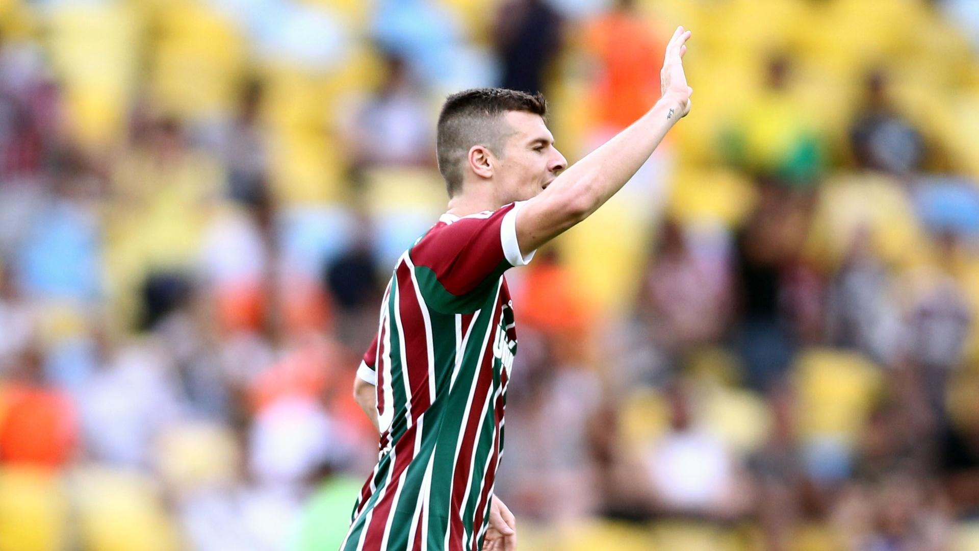 Wagner comemora gol sobre o Atlético-PR