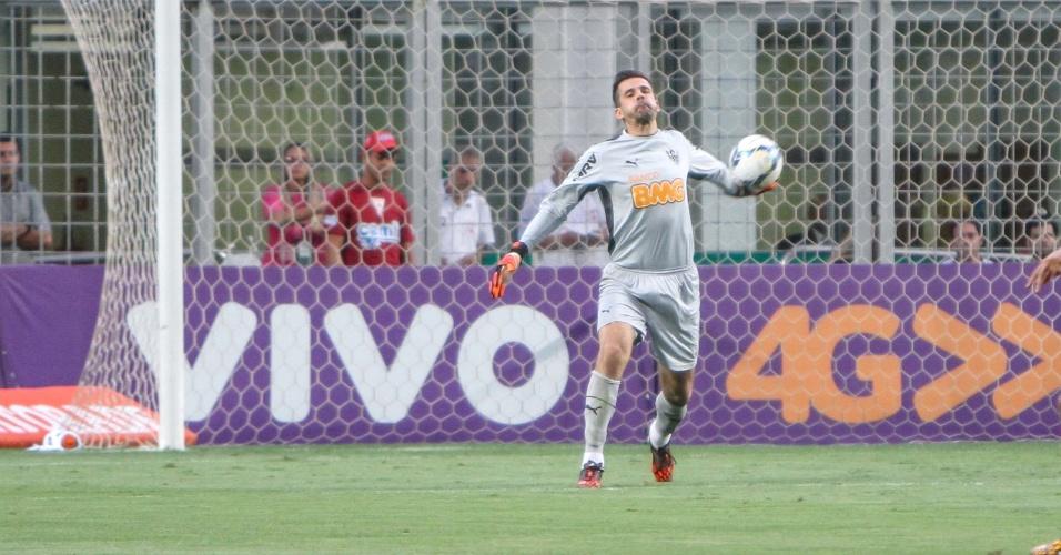 25 Out. 2014 - Goleiro Victor durante vitória do Atlético-MG sobre o Sport, por 3 a 2, no Independência