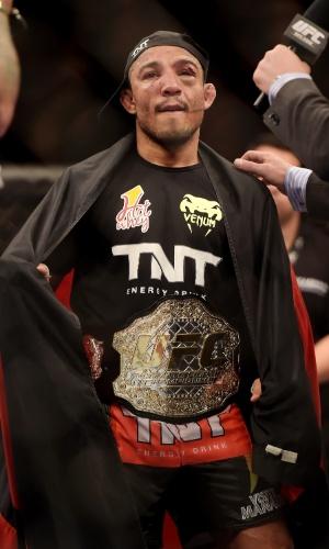 José Aldo manteve o cinturão dos peso-pena e segue como único brasileiro campeão do UFC