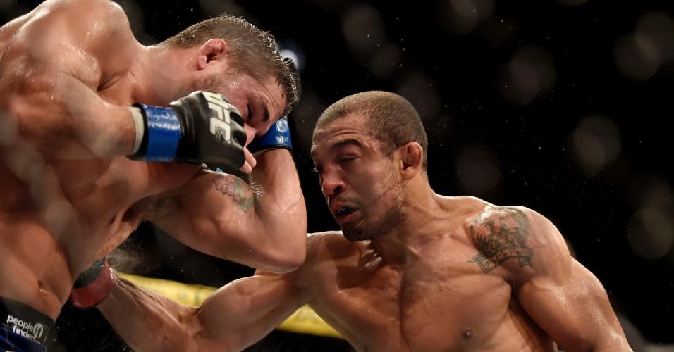 José Aldo venceu Chad Mendes na luta principal do UFC Rio 5 e manteve o cinturão