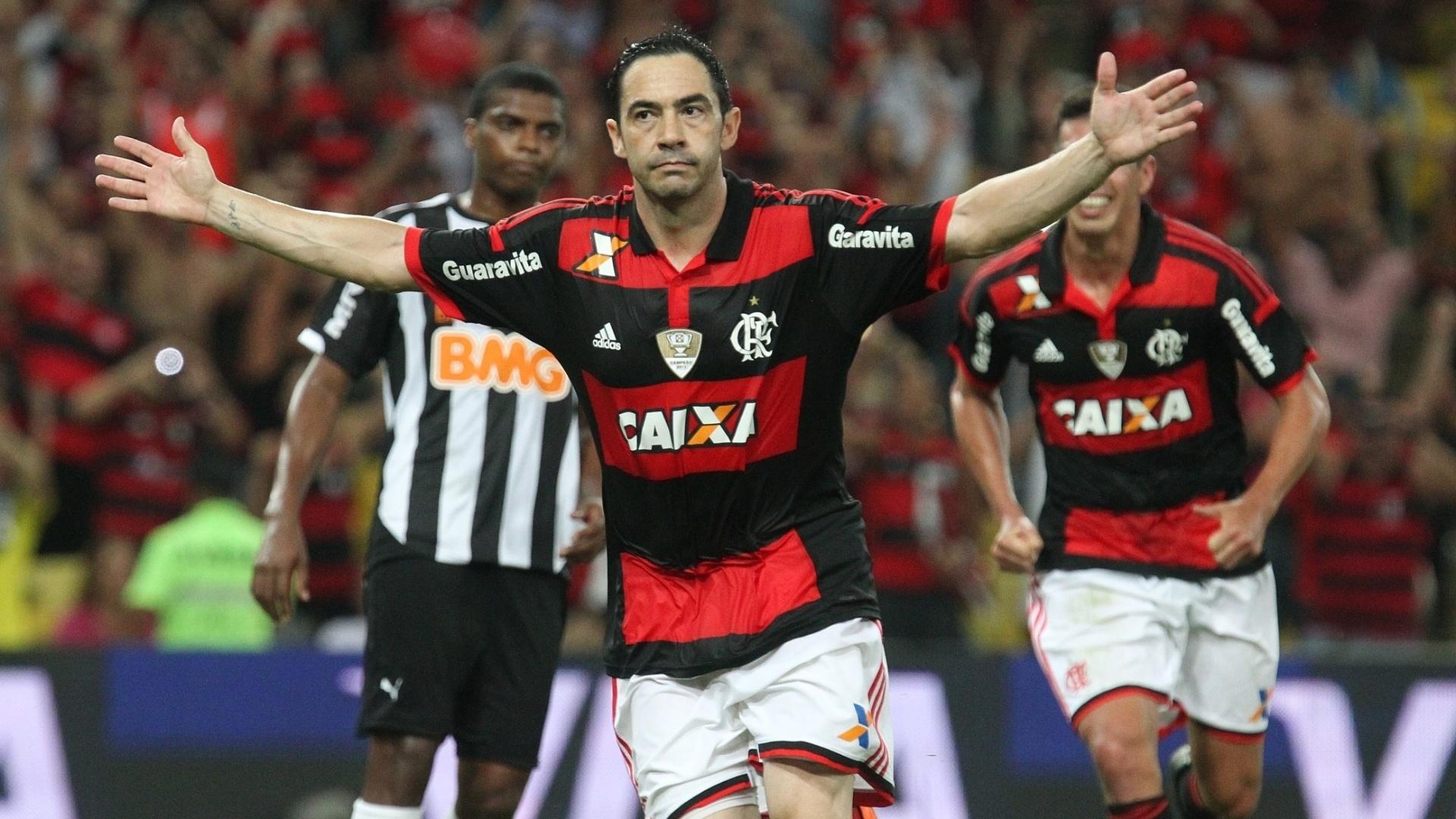 http://imguol.com/c/esporte/2014/10/29/chicao-comemora-gol-de-penalti-do-flamengo-contra-o-atletico-mg-pela-copa-do-brasil-1414633596909_1920x1080.jpg