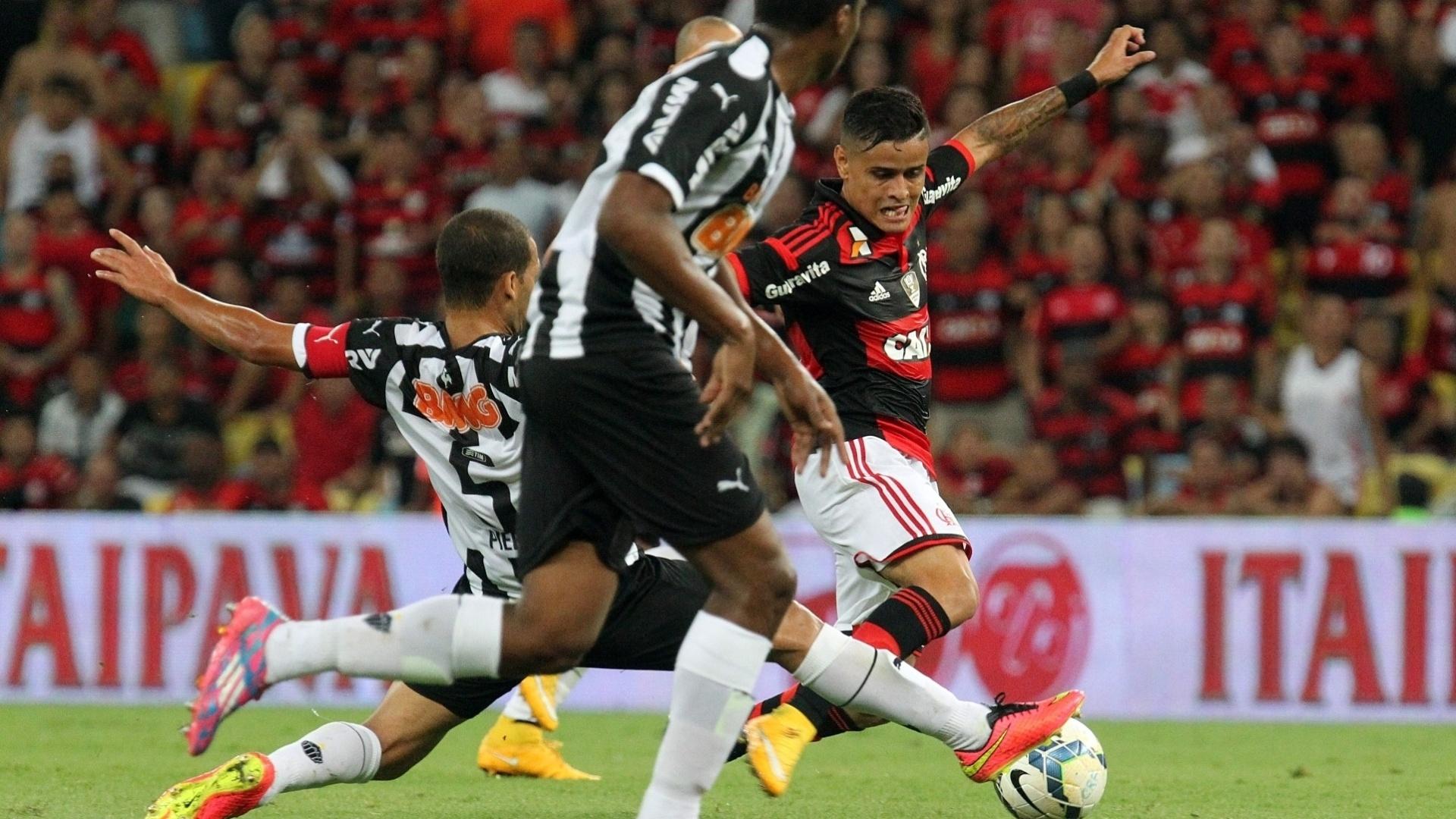 Everton encara a marcação do Atlético-MG pelo Flamengo na semifinal da Copa do Brasil
