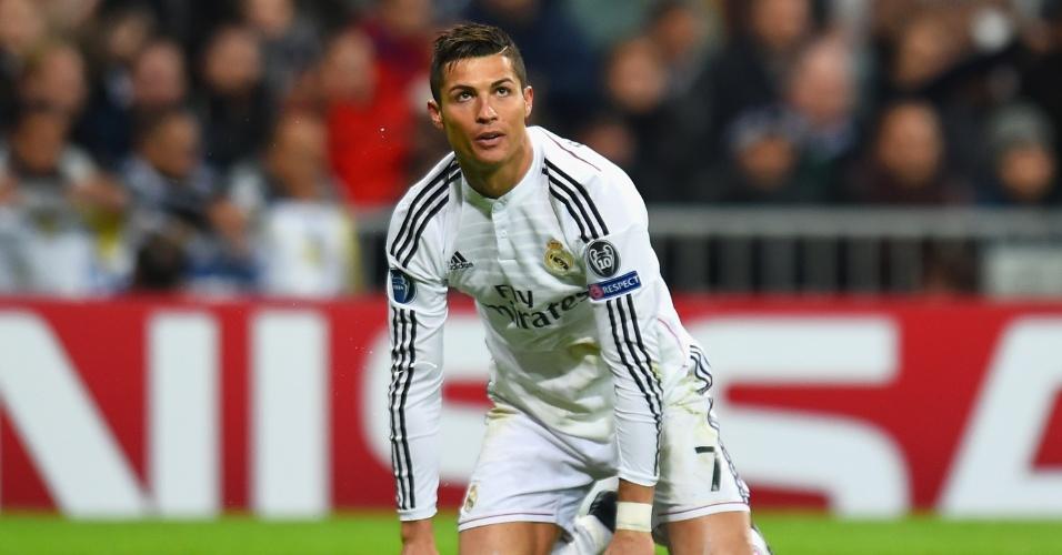 Cristiano Ronaldo lamenta oportunidade desperdiçada em jogo do Real Madrid