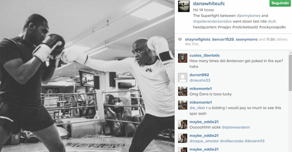 Anderson Silva e Jon Jones fazem treino na academia localizada na sede do UFC