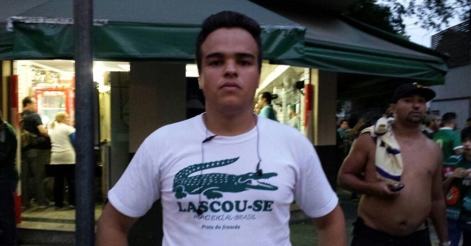 Guilherme Juvenal de Oliveira Barbosa, auxiliar administrativo, torcedor do Palmeiras chegou à Arena Palestra às 14 horas