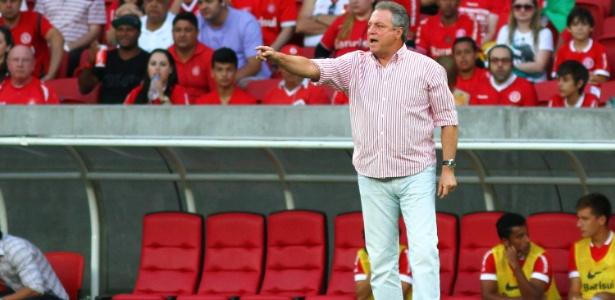 Em busca de um técnico para 2015, Palmeiras agora sondou Abel Braga
